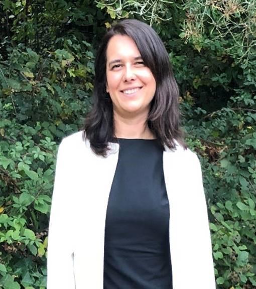 Photo of Dr Neve Isaeva
